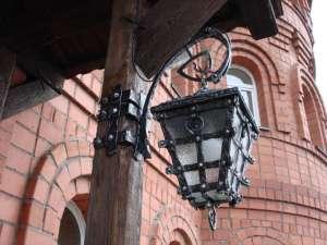 Кованые подставки фонари